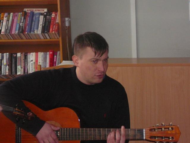Олег Сухарeв (бард)